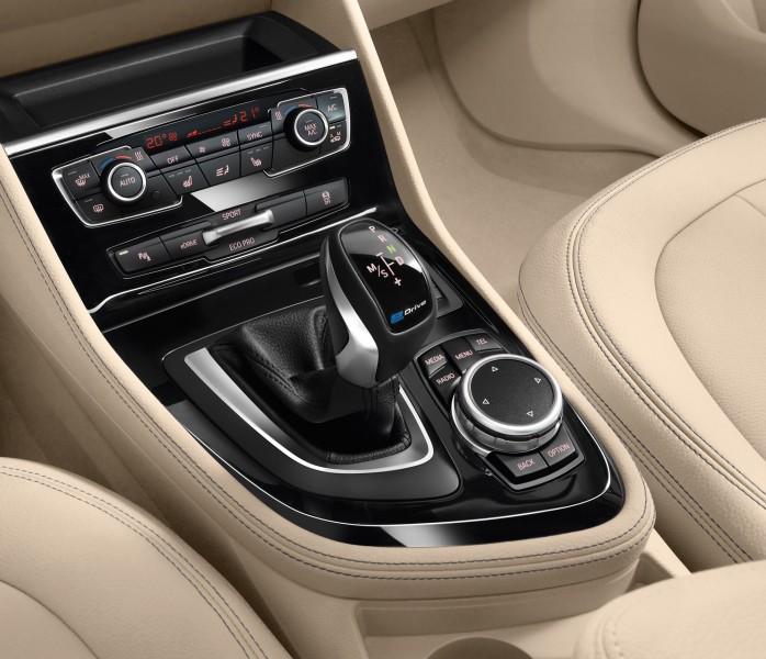 BMW Serie 2 Active Tourer 225xe Interior