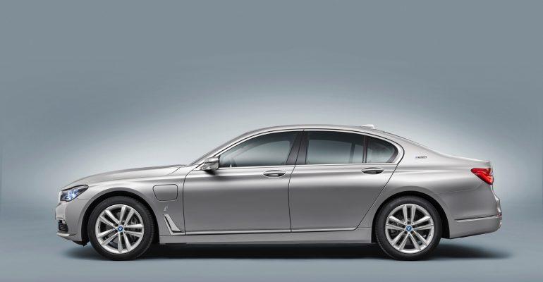 BMW cambia la denominación de sus vehículos híbridos
