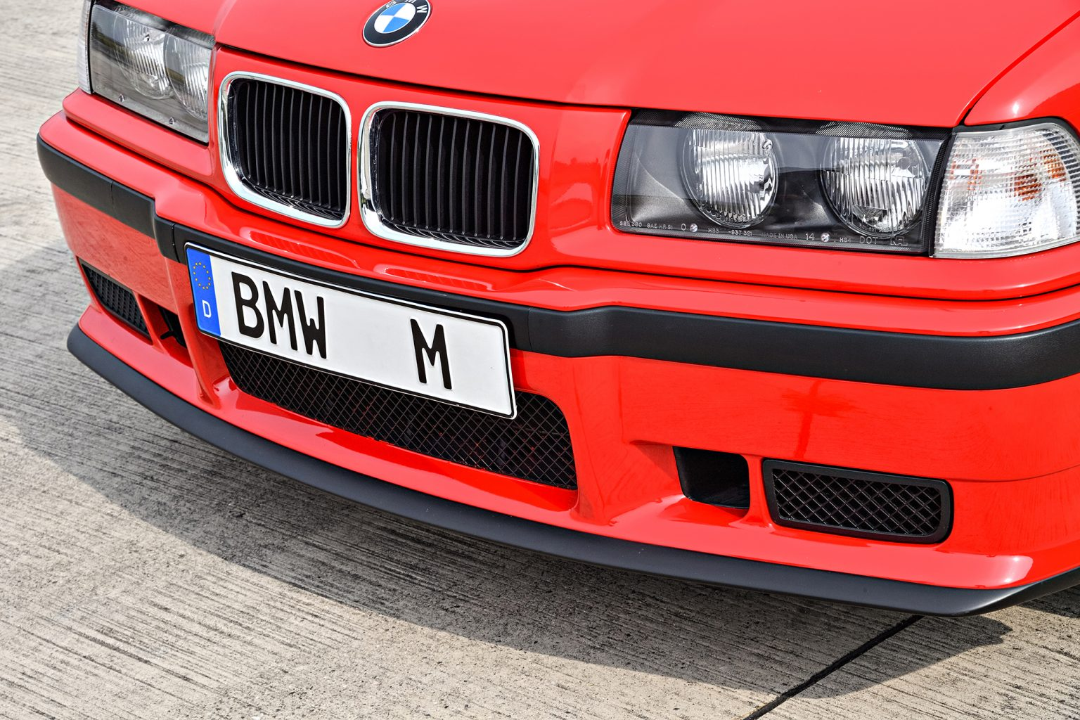 p90236511_highres_the-bmw-m3-compact-e