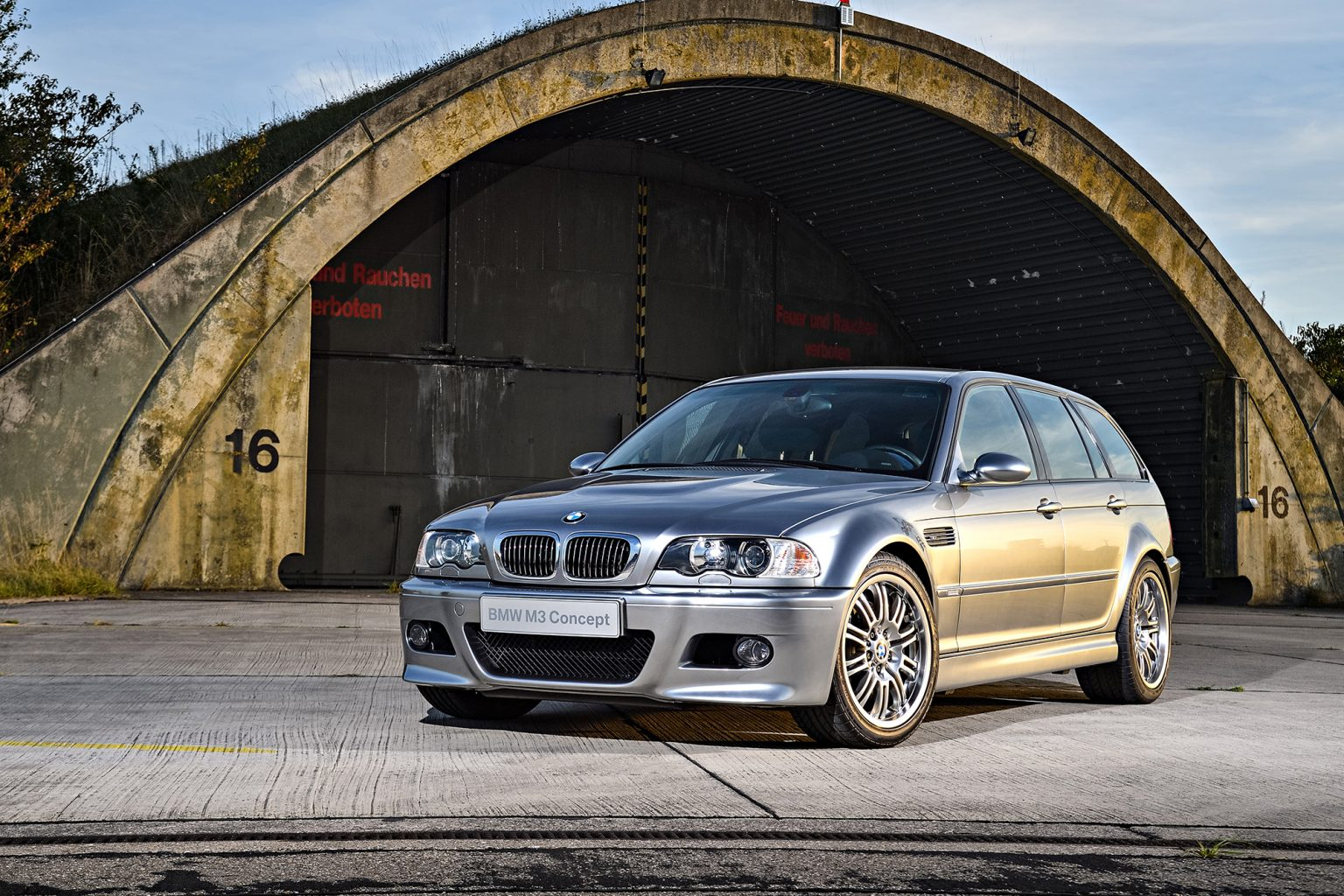 p90236650_highres_the-bmw-m3-touring-c