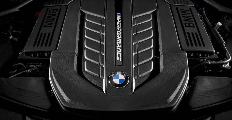 5 generaciones de motores para la Serie 7