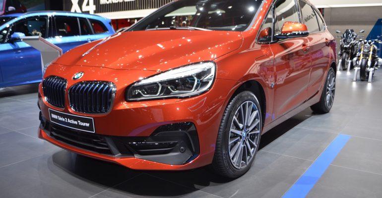 BMW Serie 2 Active Tourer en naranja Sunset