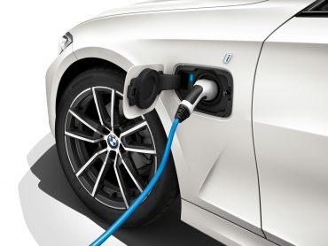 Descubre el nuevo BMW 330i