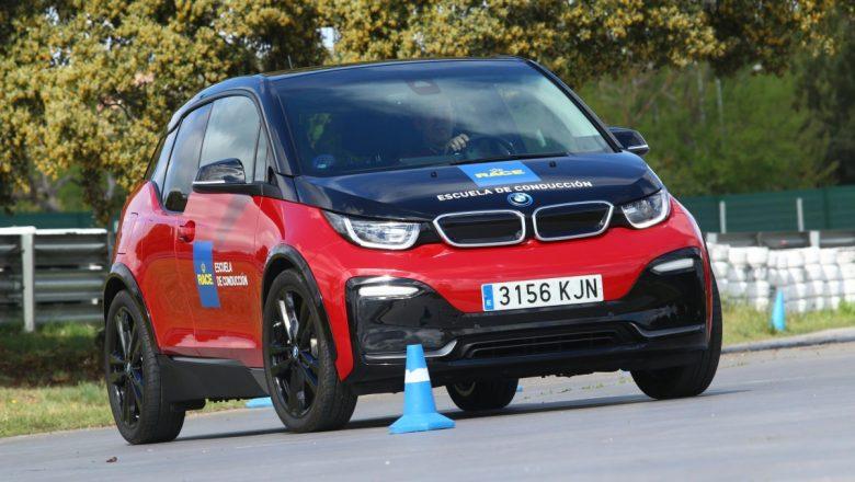 Curso de conducción de vehículos eléctricos