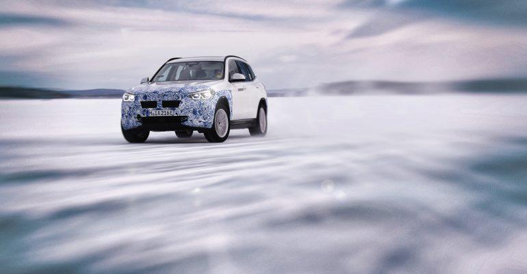 LOS BMW iX3, BMW i4 y BMW iNEXT PROBADOS EN CONDICIONES EXTREMAS